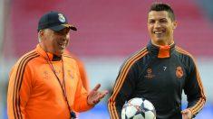 Ancelotti y Cristiano, durante su etapa en el Madrid. (Getty)