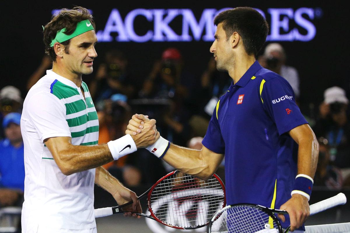 Djokovic y Federer se saludan tras el partido en el Abierto de Australia. (Getty)