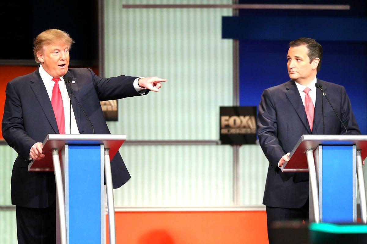 Donald Trump y Ted Cruz durante el debate (Foto: AFP).