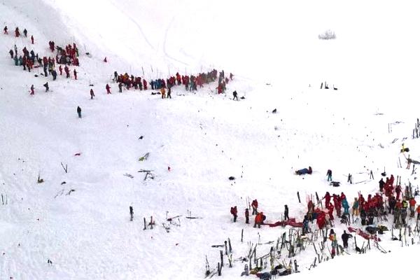 Estado de la estación de Los Dos Alpes tras la avalancha.