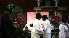 Funeral por Bettie Jones, la mujer a la que mató un policía en Chicago (Foto: AFP).