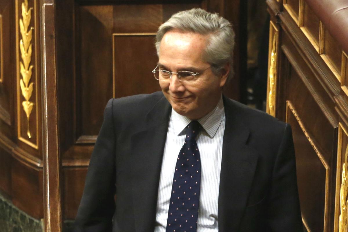 El diputado popular Pedro Gómez de la Serna, excluido del Grupo Popular por sus negocios en el extranjero. (Foto: EFE)