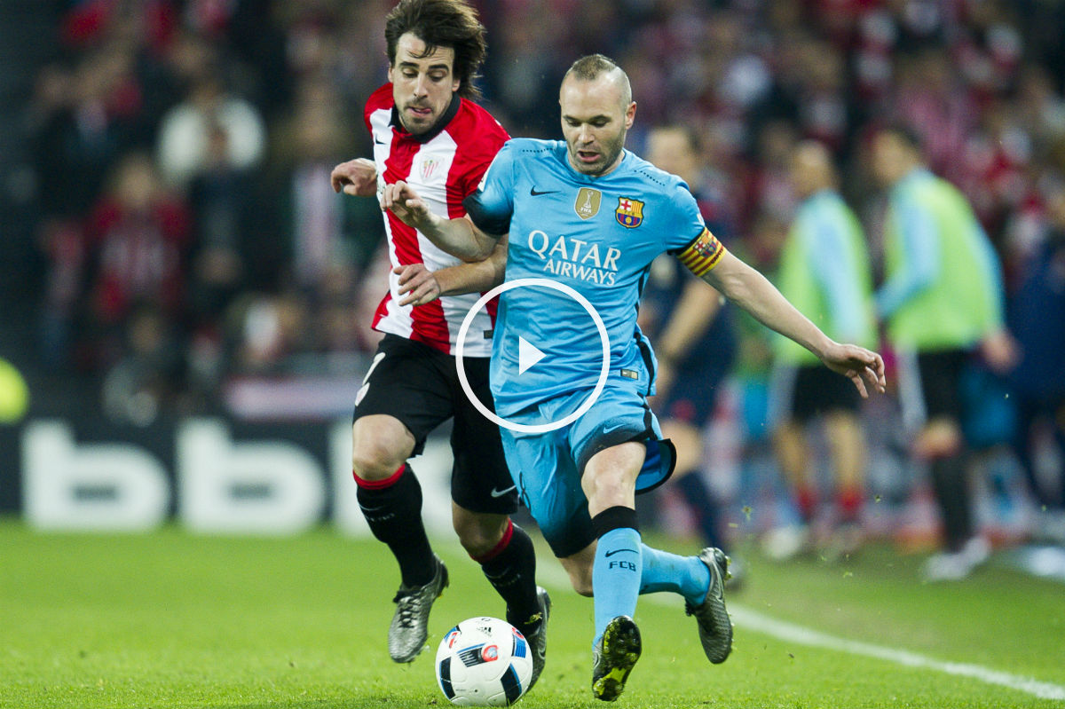 Iniesta, en el partido de Copa de San Mamés. (Getty)