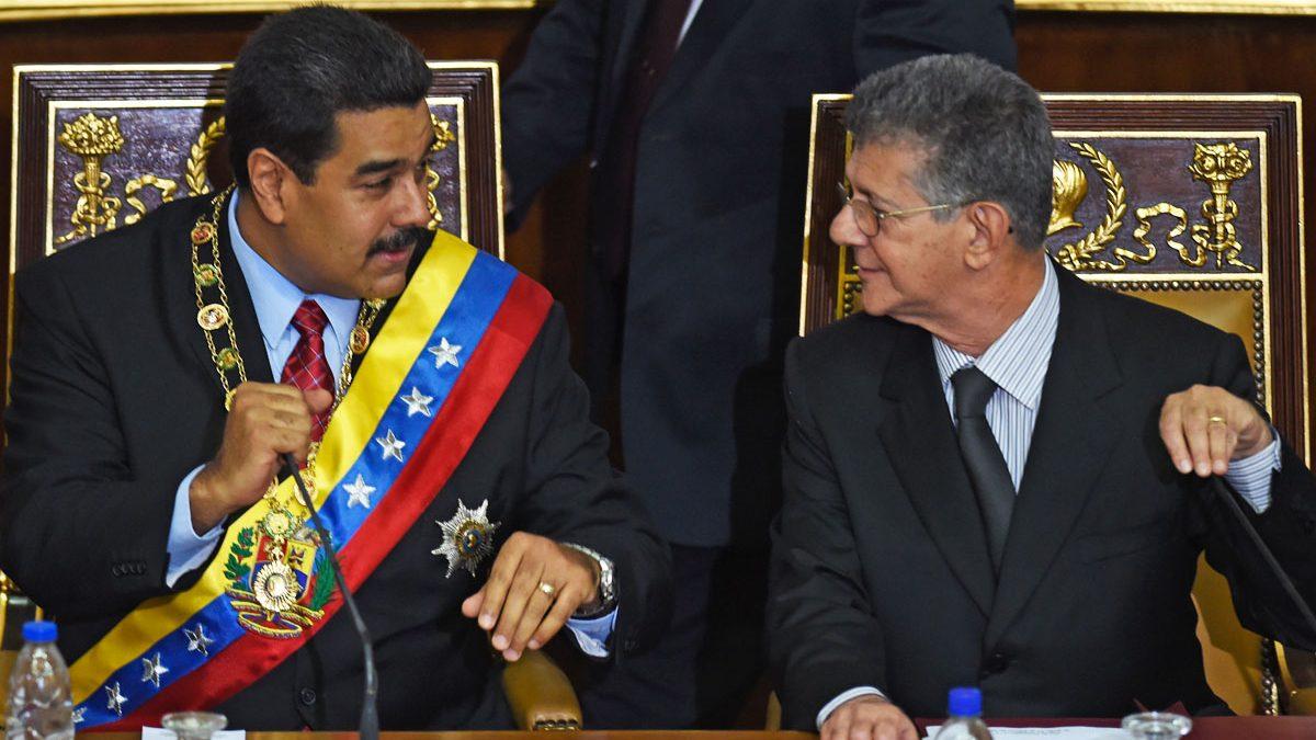 Maduro y Ramos Allup, presidente de la Asamblea Nacional. (Foto: AFP)