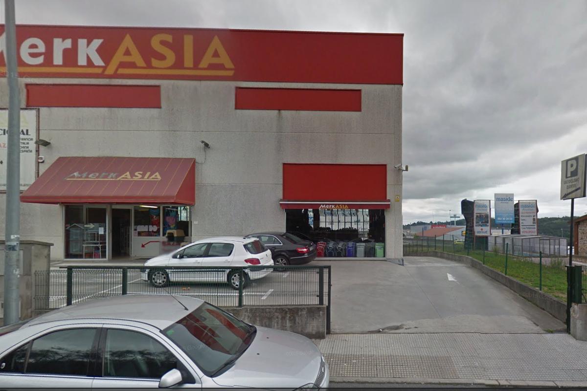 El tiroteo se ha producido en el entorno de MerkAsia. (Foto: Google Street View)