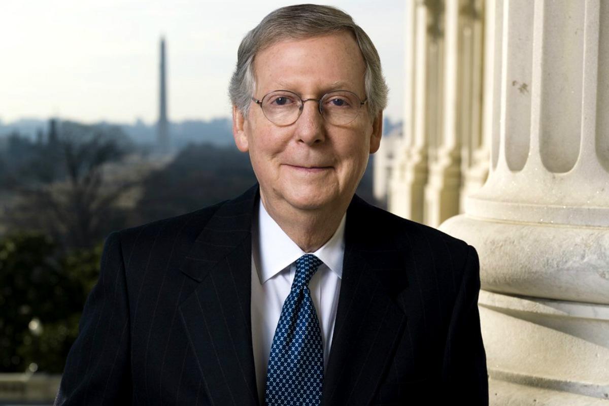 Mitch Holmes, Senador republicano y presidente del Comité de Elecciones y Etica del Senado de la ciudad de St. John (Kansas)