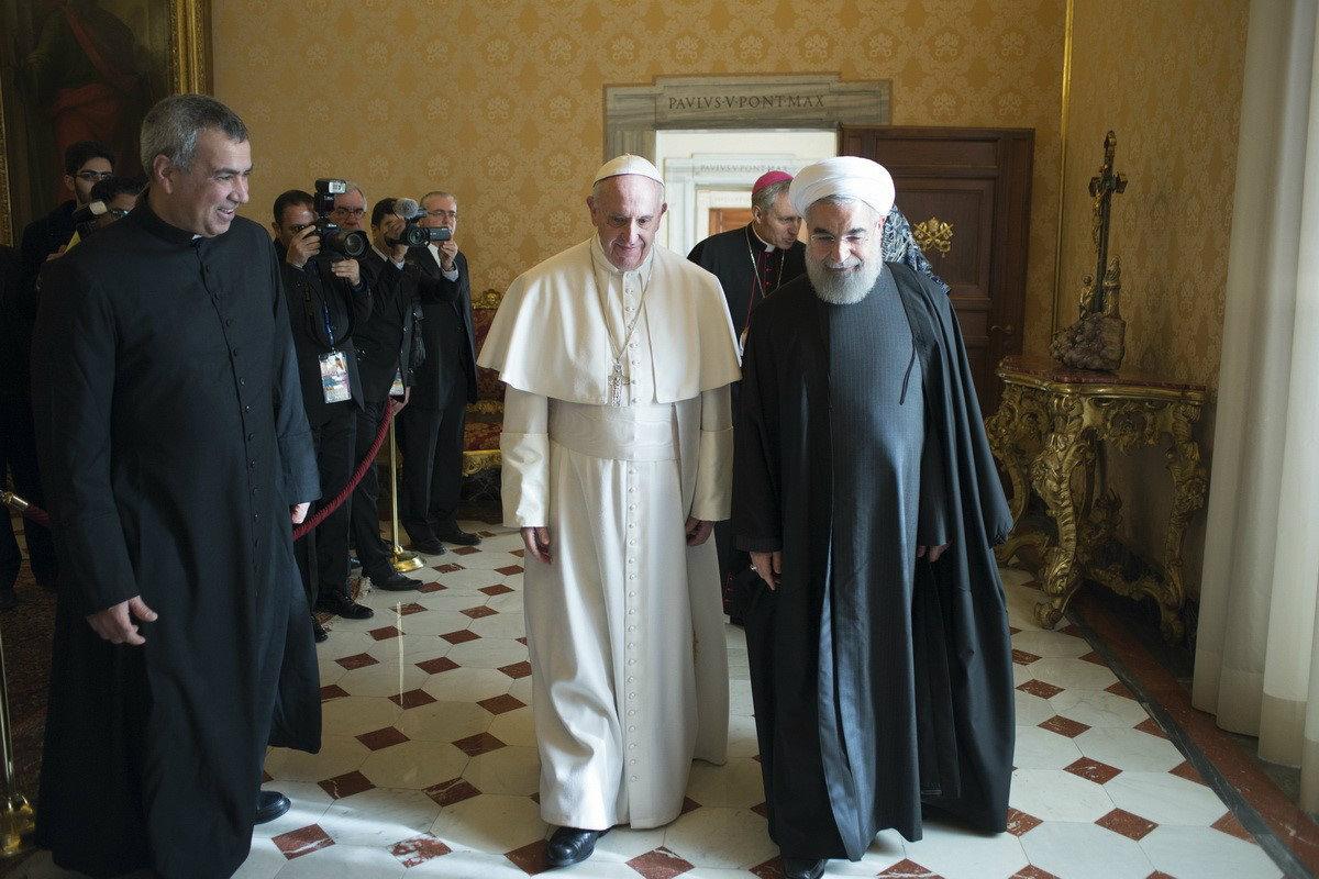 El Papa Francisco recibe a Hasán Rouhaní, presidente de Irán