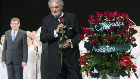 Plácido Domingo, ovacionado en su 75 aniversario. (Foto: EFE)
