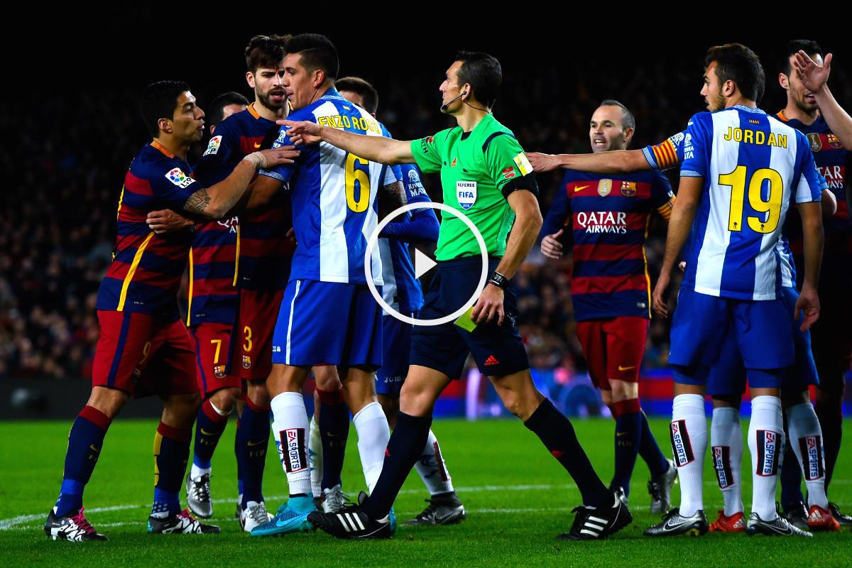 Luis Suárez provocó una revuelta en los vestuarios después del partido. (Getty)