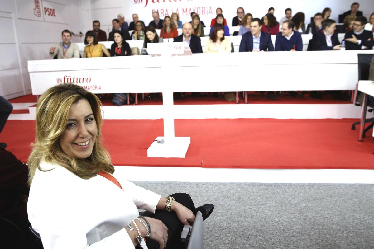 Susana tiene comprometidas las firmas para convocar ya el congreso del PSOE