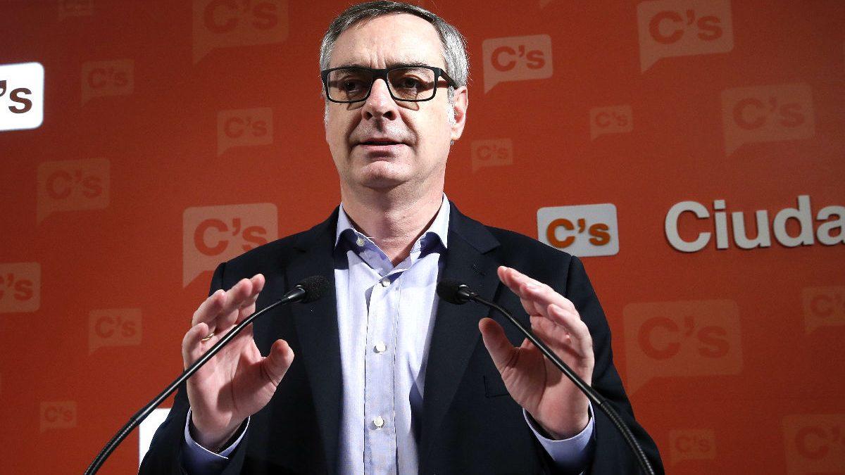 José Manuel Villegas en la rueda de prensa de este domingo en Madrid (Foto: Efe).