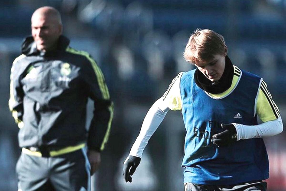 Odegaard y Zidane, en un entrenamiento. (Instagram)
