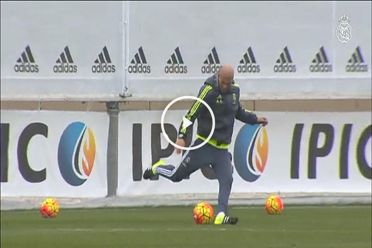 Zidane demostró su calidad en el entrenamiento.