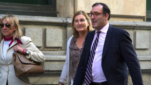 El juez de la Audiencia Nacional, Eloy Velasco, que ha practicado la orden. (Foto: AFP)