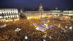 Imagen de la Puerta del Sol ocupada por el 15-M