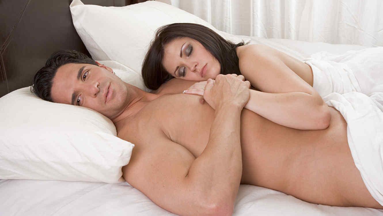 dormir_desnudo_baja