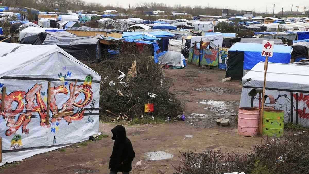 Así es la «jungla» de los refugiados en Calais (Foto: Reuters)