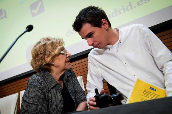 Carmena y Soto ante el Será el proceso de participación para unos presupuestos en los que se interpele a más población de Europa. (Foto: EFE)