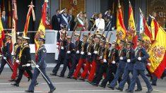 El rey Felipe VI preside el desfile del Día de las Fuerzas Armadas.