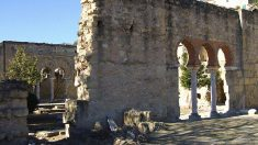 Uno de los muchos yacimientos arquelógicos de Medina Azahara.  (Foto: Wikimedia)