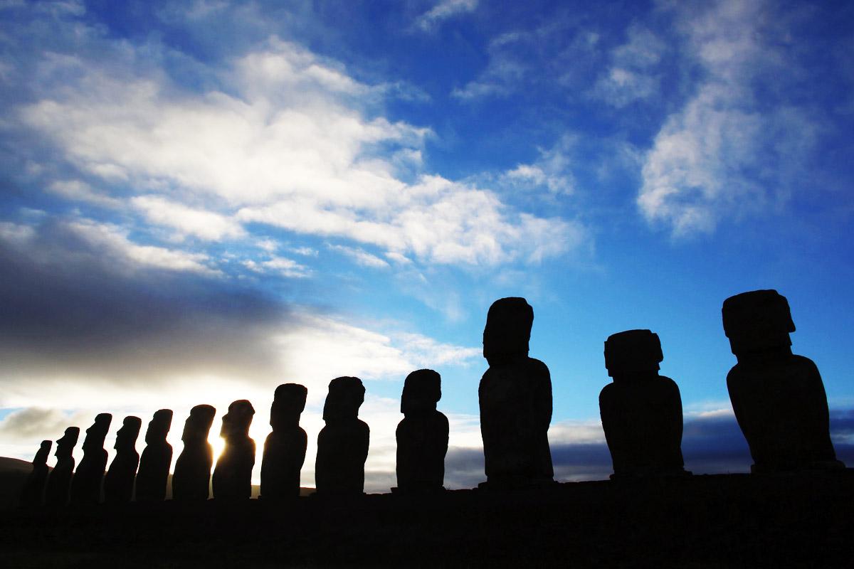 Los famosos Moais de la Isla de Pascua. (Foto: AFP)