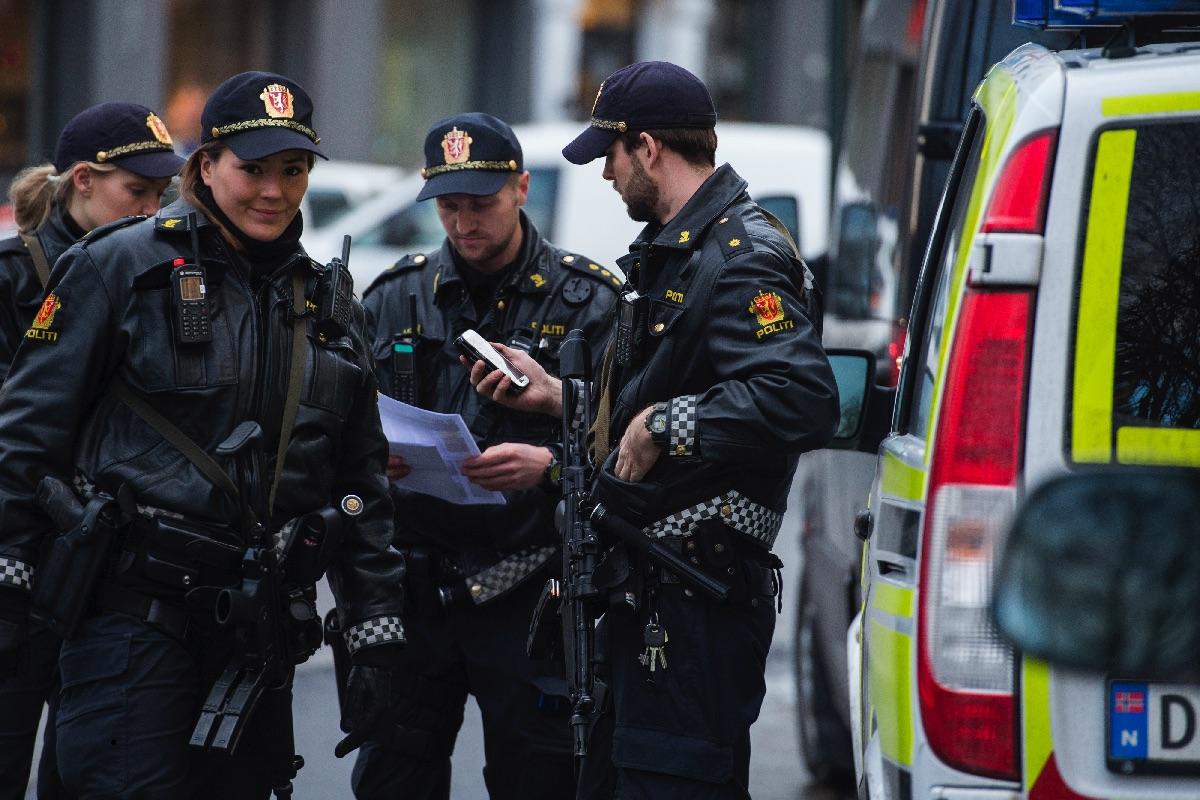 Los policías noruegos dejarán de poder llevar armas de fuego. (Foto: AFP)