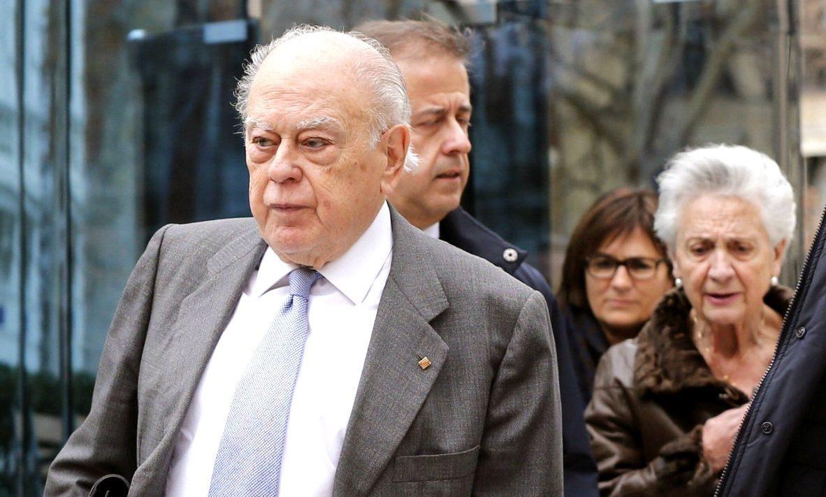 Jordi Pujol Soley y Marta Ferrusola, en la Audiencia Nacional. (Foto: EFE)