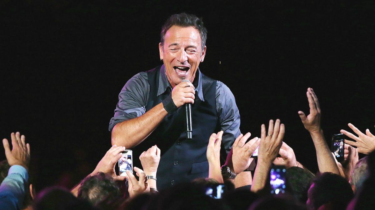 Bruce Springsteen, en una actuación en directo. (Getty)