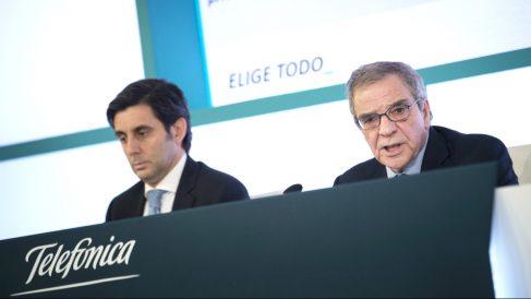 César Alierta y el presidente de Telefónica, José María Álvarez-Pallete. (Foto:EFE/Luca Piergiovanni)