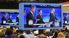 Marco Rubio, entre Jeb Bush y Donald Trump durante el último debate Republicano (Foto: Reuters)