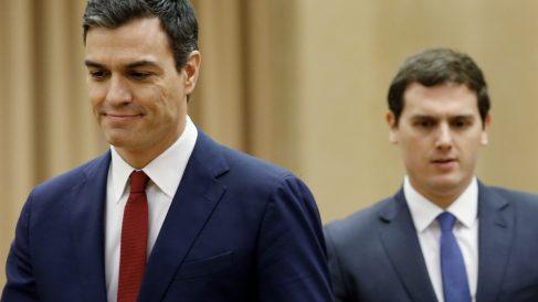 Pedro Sánchez y Albert Rivera. (Foto: EFE)