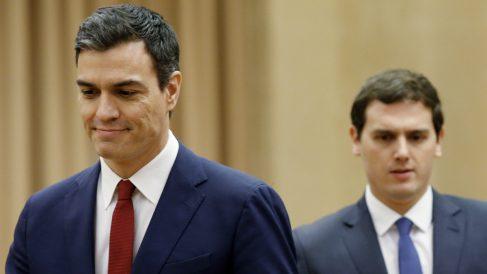 Pedro Sánchez quiere la abstención de C's en la investidura