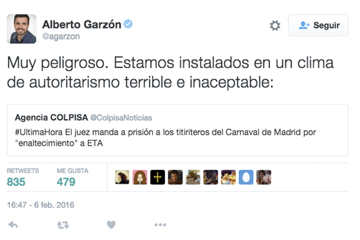Tuit de Alberto Garzón en defensa de los titiriteros contratados por Carmena.