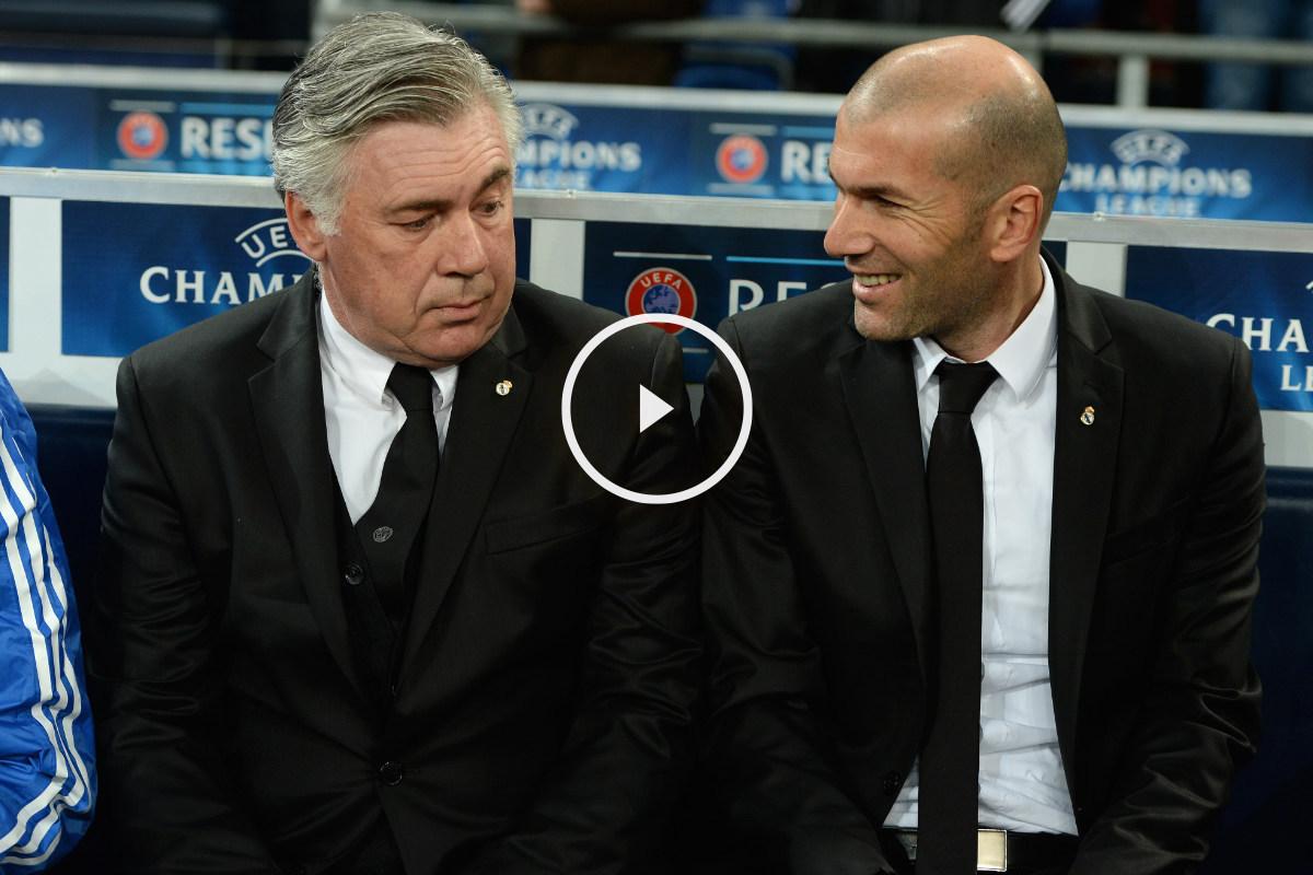 Ancelotti y Zidane durante un partido en su etapa juntos en el Madrid. (AFP)