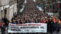 Los trabajadores de la planta de Arcelormittal en Sestao se manifestaron el pasado 30 de enero contra el paro. (Foto: EFE/MIGUEL TOÑA)