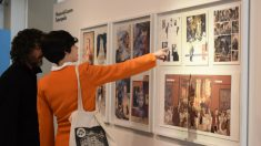 Dos visitantes descubren la relación de El Louvre parisino con el arte del cómic. (Foto: Espacio Telefónica)