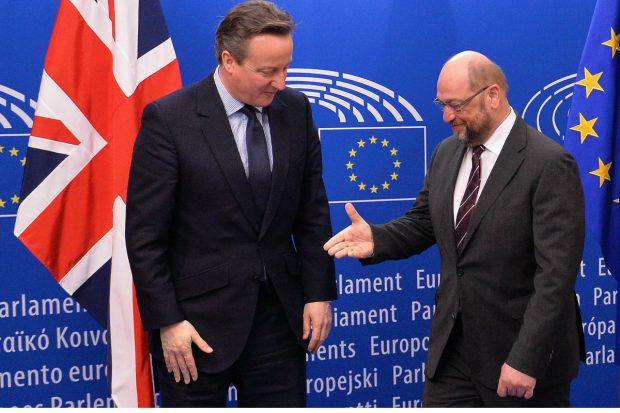 David Cameron y Martin Schulz, en Bruselas. (Foto: Getty)