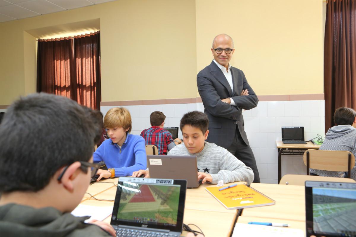 El consejero delegado de Microsoft, Satya Nadella, ayer en Madrid. (Foto: Microsoft)