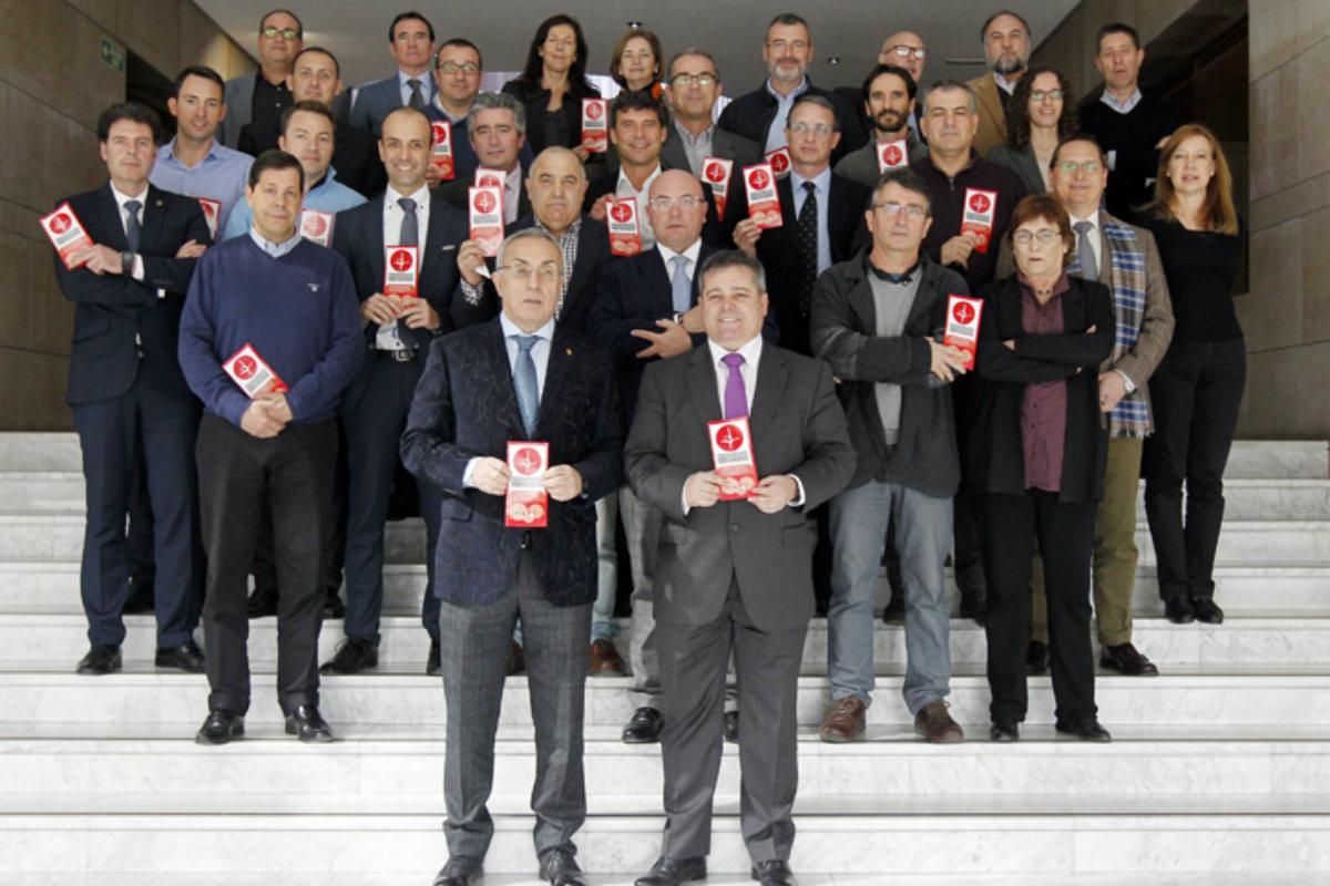 Los integrantes de la reunión COE-INEF. (Foto: COE)