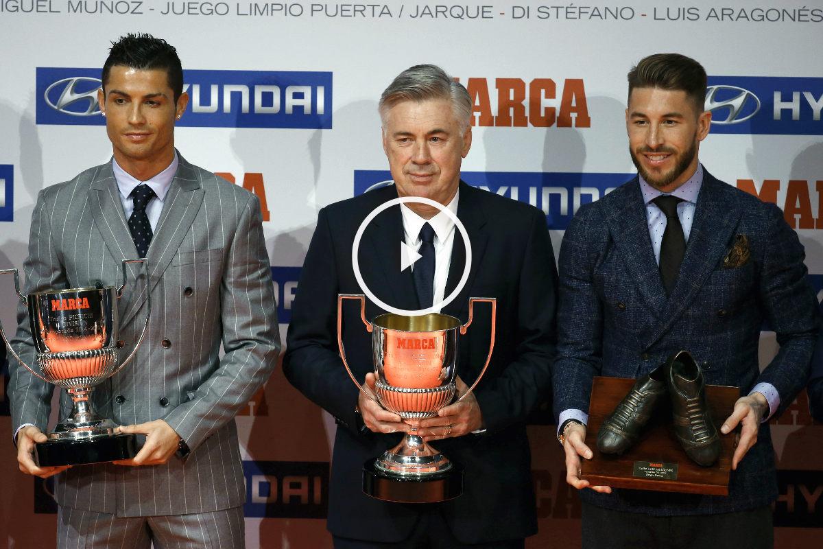 Cristiano junto a Ancelotti y Ramos en la gal de Marca. (Efe)