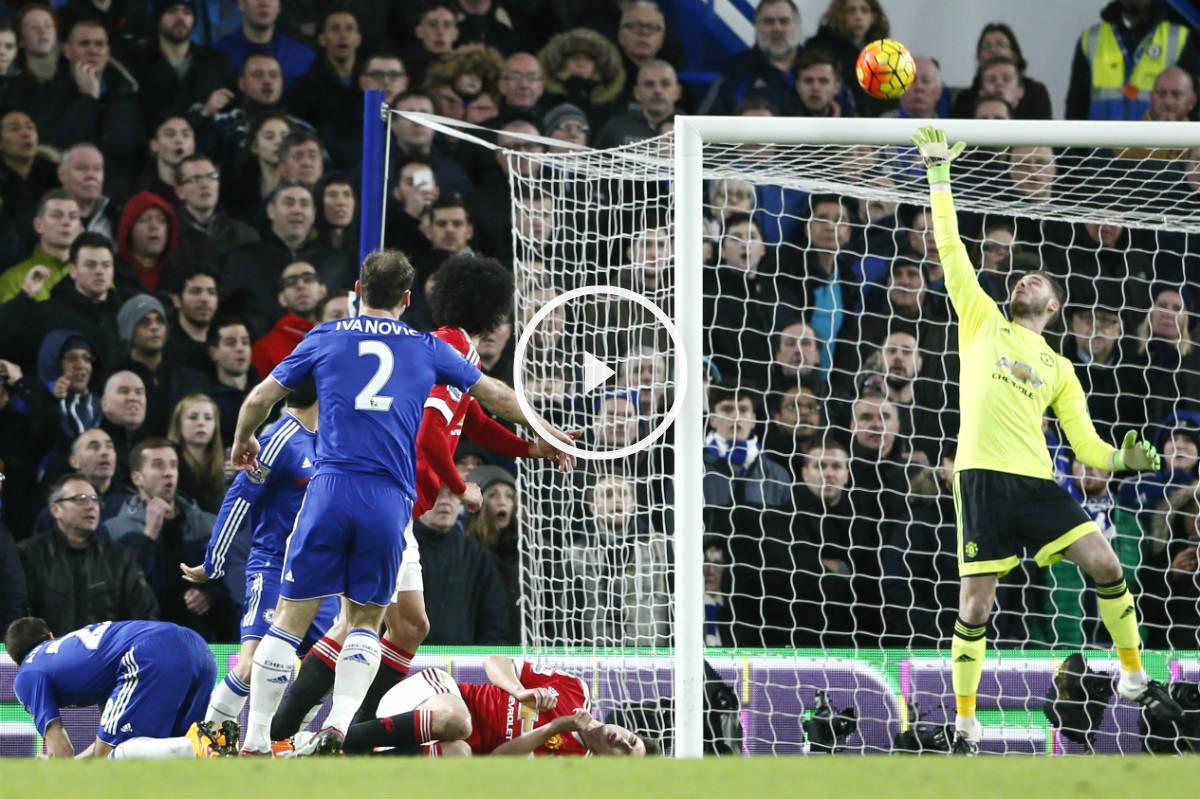 De Gea vuela para evitar el gol de Ivanovic. (Reuters)