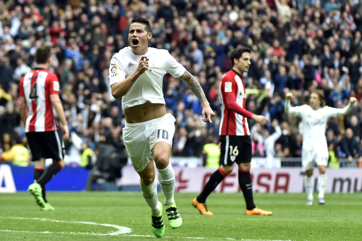 James celebra el 2-1 ante el Athletic. (AFP)