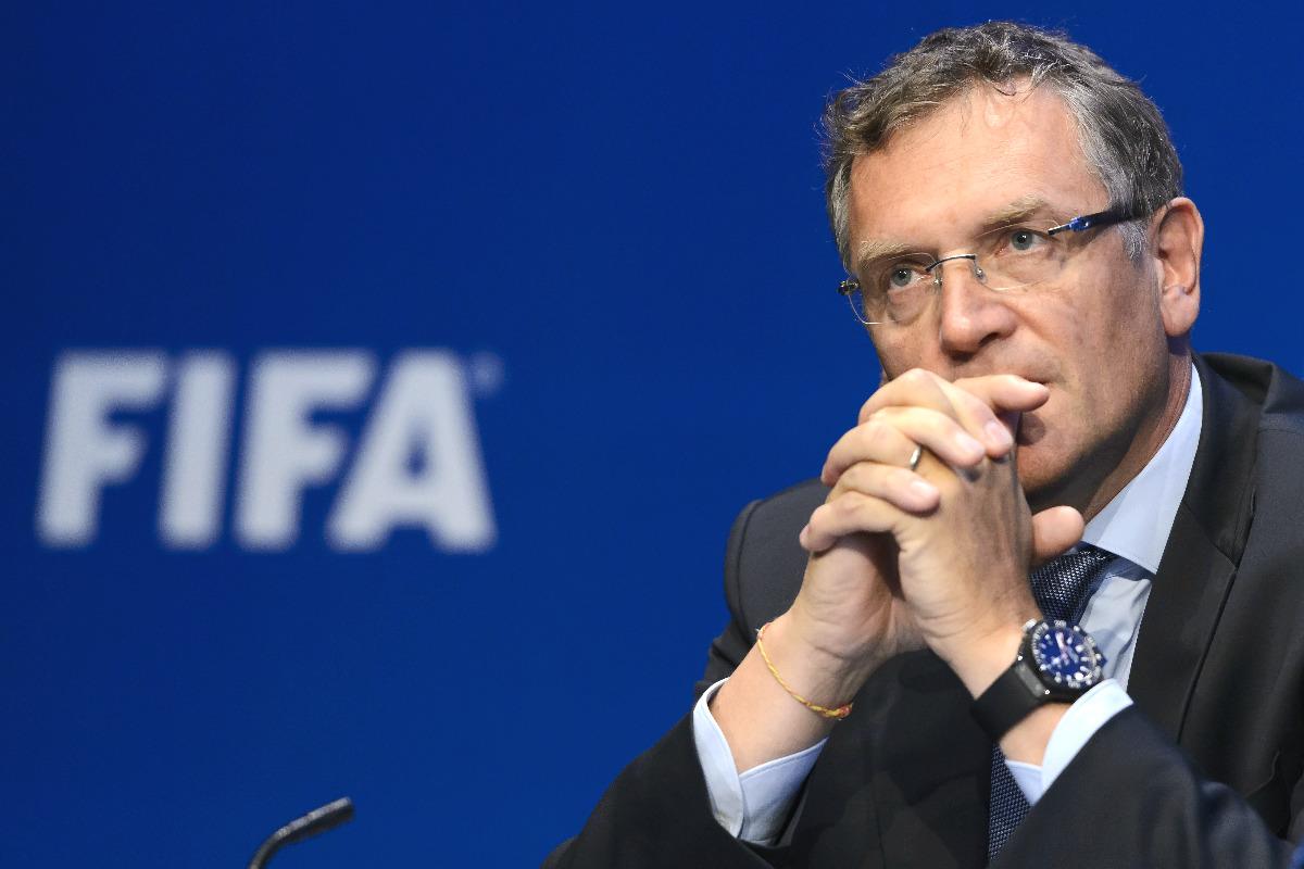 Jerome Valcke, suspendido 12 años por la FIFA. (AFP)