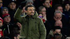 Luis Enrique, durante el partido contra el Arsenal. (AFP)