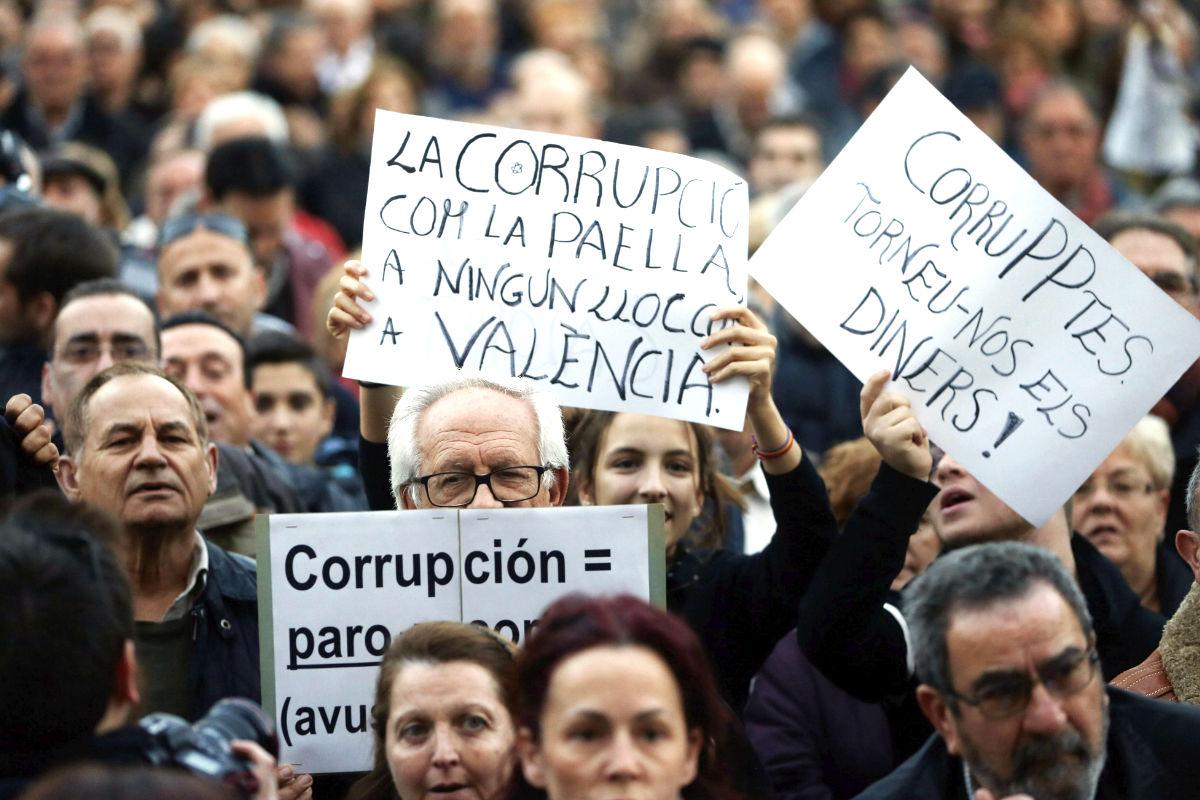 Un momento de la manifestación de Valencia (Foto: Efe).
