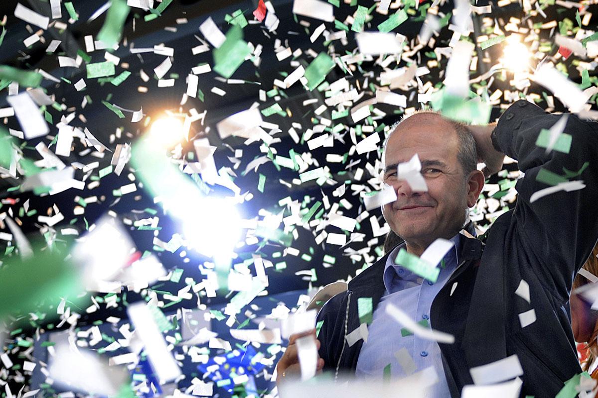 Manuel Chaves en un mitin del PSOE andaluz. (Foto: AFP)