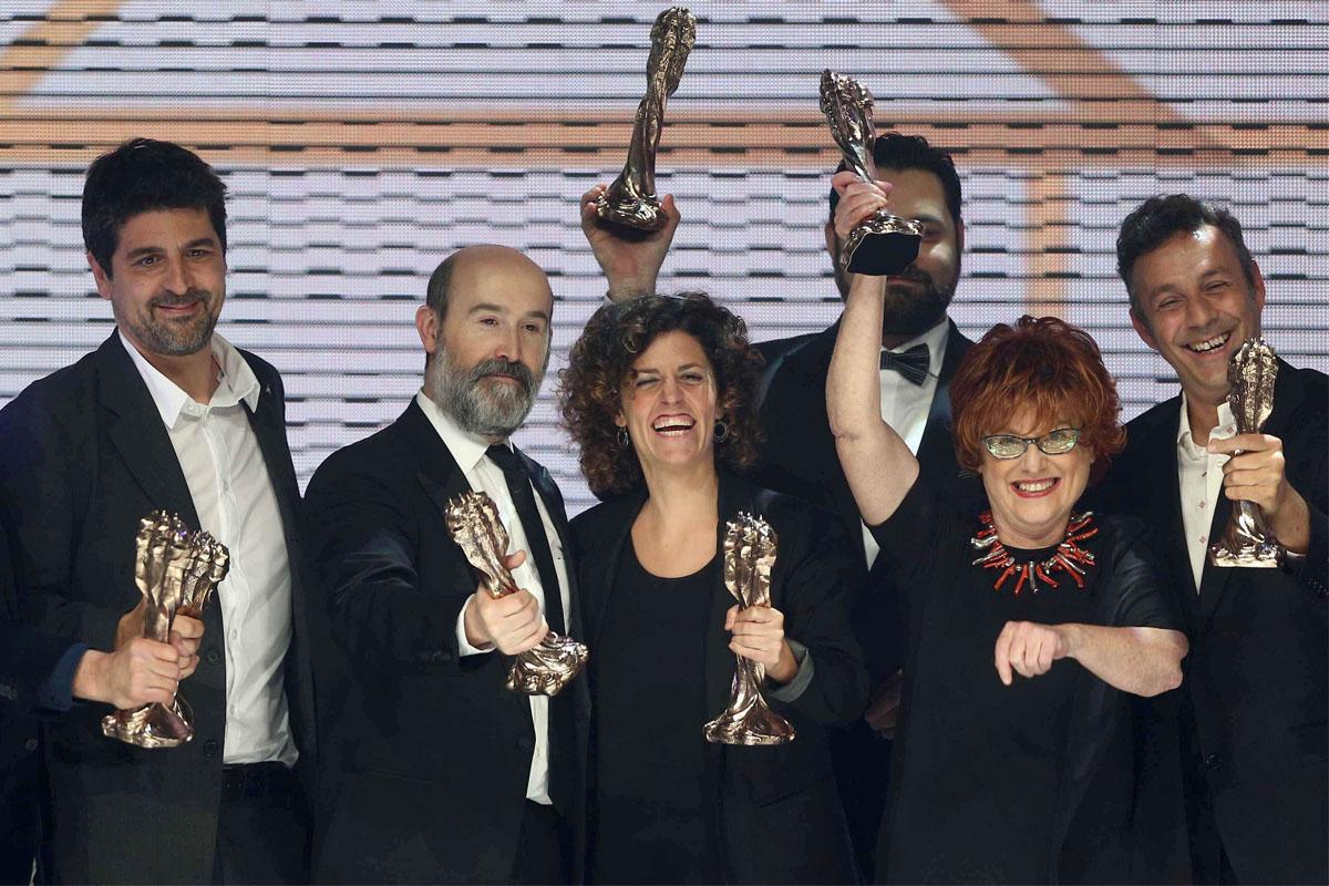 Algunos de los premiados en los Gaudí. (Foto: EFE)