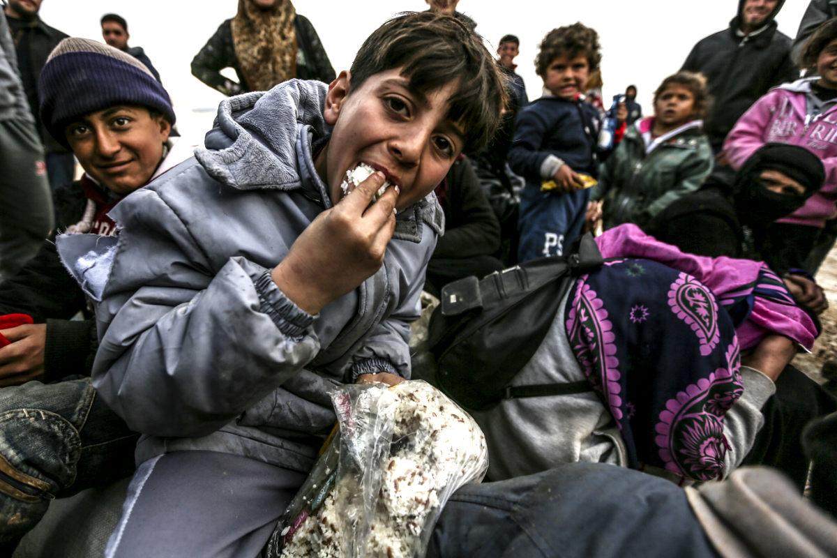 Miles de refugiados escapan de Alepo. (Foto: AFP)