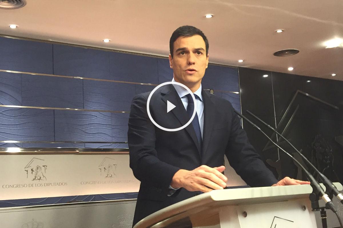 Pedro Sánchez en rueda de prensa en el Congreso.