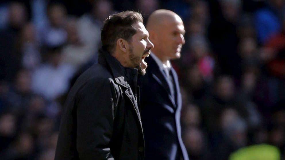 Simeone y Zidane, en el área técnica. (Reuters)